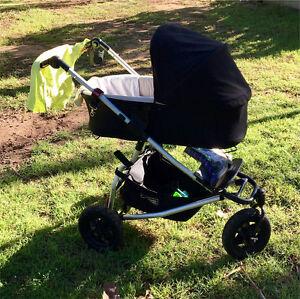 Carrycot Plus bassinet / parent facing seat - Mountain Buggy Swift Greenbank Logan Area Preview