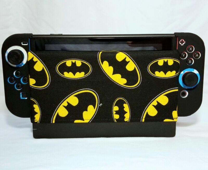 *+*Nintendo Switch Dock Sock - Batman Symbol*+*
