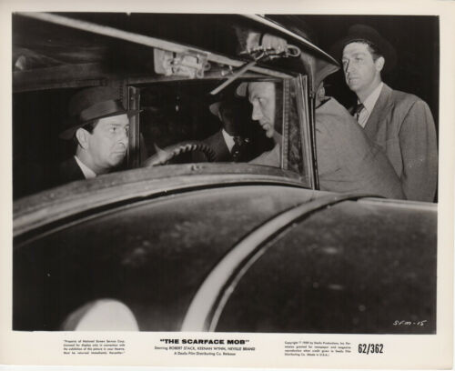 *THE SCARFACE MOB (1959) Robert Stack as Elliot Ness and Untouchables Car Scene