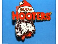 HOOTERS RESTAURANT X-RAY RADIOLOGIST NURSE WITH STETHOSCOPE HOOTIE//OWL LAPEL PIN