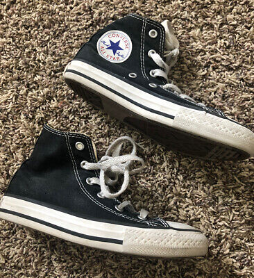CONVERSE KIDS High Top BLACK/WHITE size 13 preowned little kids