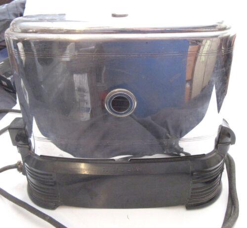 Vintage Toast O Lator automatic electric toaster