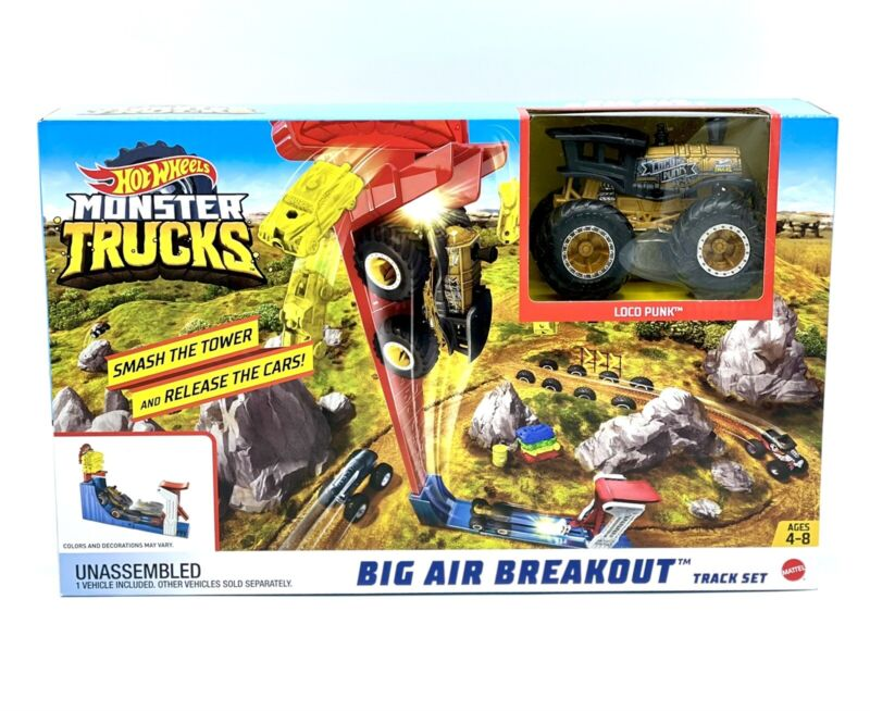 Hot Wheels - Loco Punk 1:64 scale Monster Truck & Big Air Breakout Track Set 4+