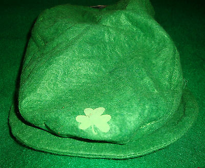 SAINT/PATRICK'S/DAY~unisex/childs~GREEN.FELT/BERET/HAT! (5/YR/&/UP) N/W/TAGS! @ ()