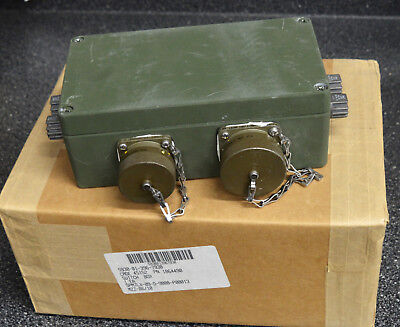 OSHKOSH M1076 PLS TRAILER FRONT ELECTRICAL SWITCH BOX 1864490 TRIONICS 207101  ()