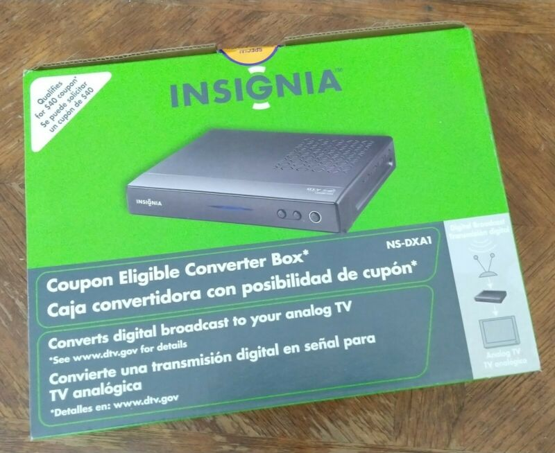 New Insignia NS-DXA1-APT Digital to Analog TV Converter Box Factory Sealed