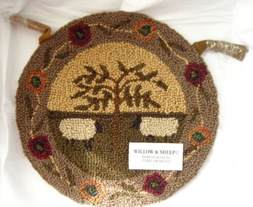 Willow & Sheep Hooked Rug Chair Pad Primitive Folk Art Seat Cushion Park Designs