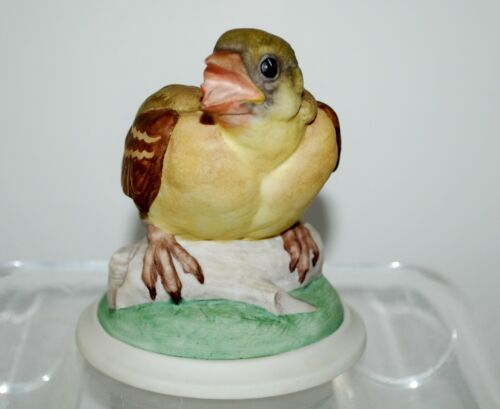 Boehm Baby Goldfinch Porcelain Figurine - #448.