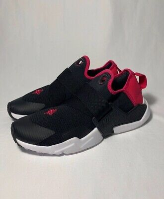 NIKE HUARACHE EXTREME GS SIZE 7Y / 8.5W RUNNING SHOES AQ0575-011