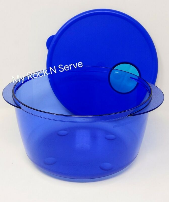 Tupperware Rock N Serve Round  Microwave Container 8 cup Brilliant Blue New