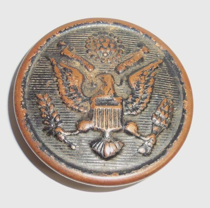 "WWII Great Seal Eagle COAT BUTTON 1-1/8"" diameter ART METAL WORKS Newark, NJ"