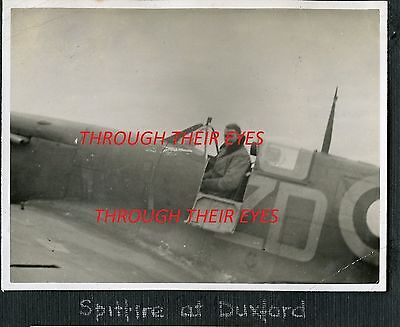 DVD SCANS OF RAF PILOTS WW2 PHOTO ALBUM TRAINER IN CANADA & SERVICE EUROPE  usato  Spedire a Italy