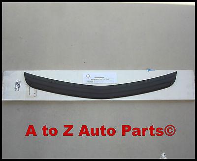 - NEW 2004-2007 Nissan Murano Rear BUMPER SCUFF PAD / PROTECTOR, OEM