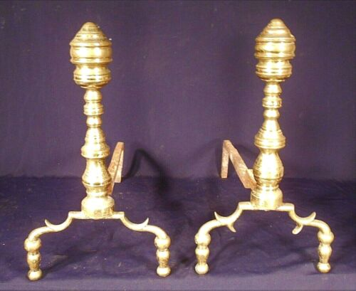 ANTIQUE PAIR OF AMERICAN FEDERAL BALL FOOT BRASS ANDIRONS