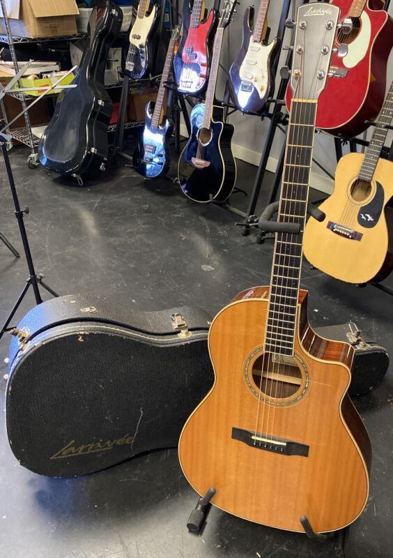 2009 Larrivee Model LV - 09 Acoustic Electric Guitar w/ Case