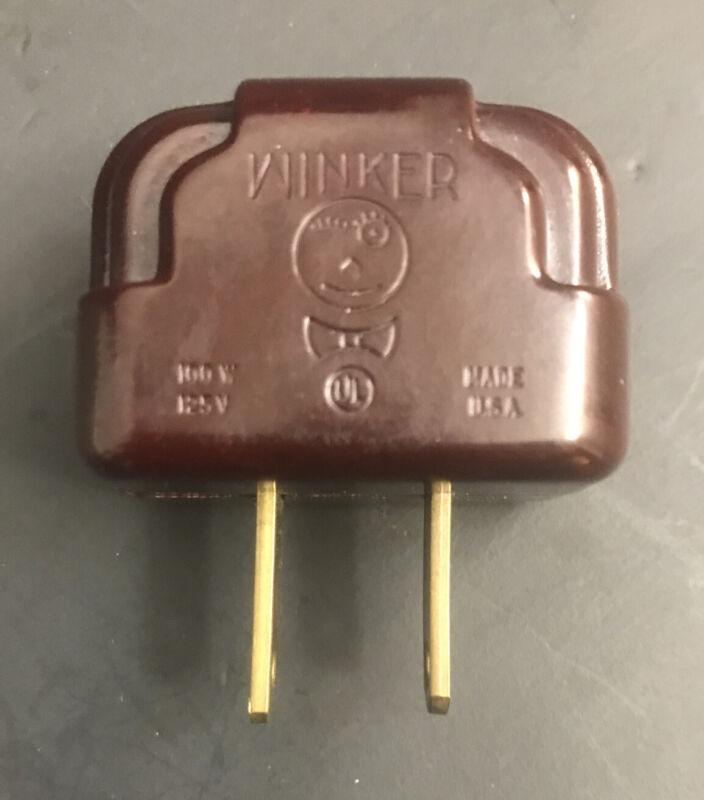 Vintage Art Deco Bakelite Winker 100W Plug Blinker Christmas Light Flasher EXC