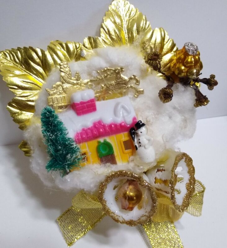 VTG Christmas Corsage Dresden Foil SANTA on ROOF TOP Tree Bells package tie