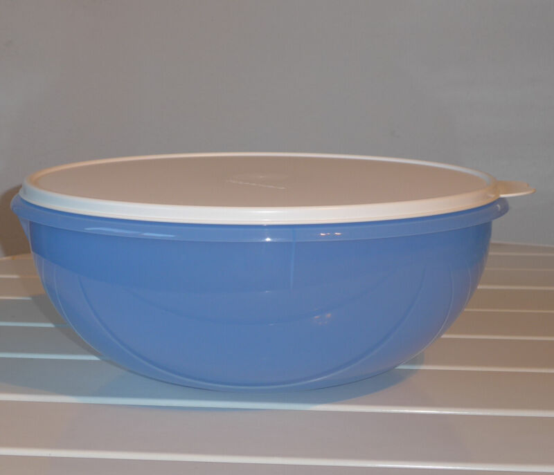 New Tupperware Fix n Mix Bowl 26-cup Mixed Berry Blue w/ white seal