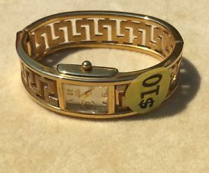 Gloria Vanderbilt Bracelet Watch