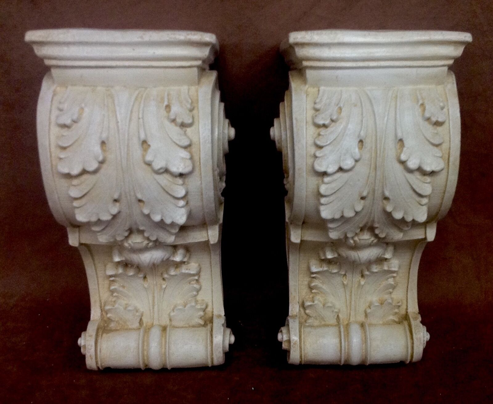 PAIR ANTIQUE FINISH Shelf Acanthus Leaf Wall Corbel Sconce