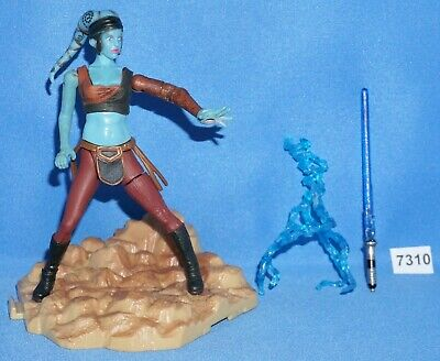 "Star Wars 2003 AAYLA SECURA Jedi Knight / Battle of Geonosis 3.75"" COMPLETE"