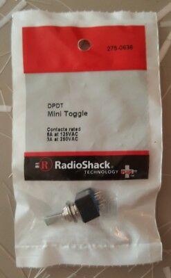 New Radioshack Dpdt Mini Toggle Switch 6a 125vac 275-0636 Free Shipping