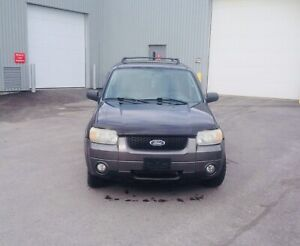 Ford Escape 2006  2499$ négo