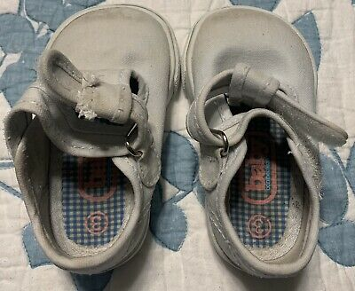 Baby Gap Baby Girl's White Sneakers Shoes Size 3