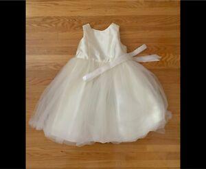 Flower Girl Dress Size 6 David' Bridal