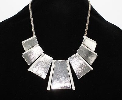 Gorgeous New Silver Tone Necklace with Simulated Diamond Dust NWT -