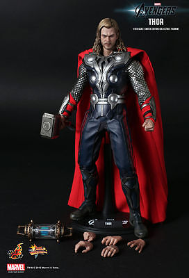 HOT TOYS-NEW IN BROWN SHIPPER THE AVENGERS THOR 1/6 SCALE FIGURE MMS175