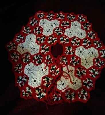 """Vtg Holly Handmade Crochet CHRISTMAS TREE SKIRT 32"""" ties red white green"""