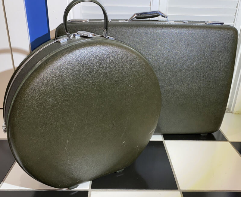 2 Vintage Tiara American Tourister Hard Shell Sex And The City Round Rectangle