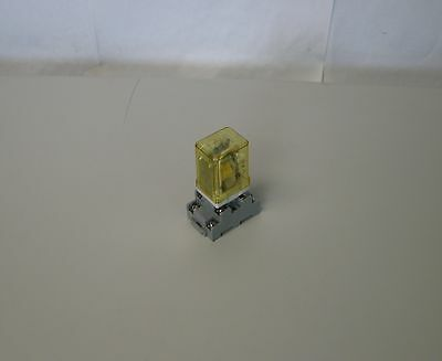 IDEC Relay RR2P-UL, DC24V,  w/ Base SR2P-06, 10A ,300V, Used, WARRANTY