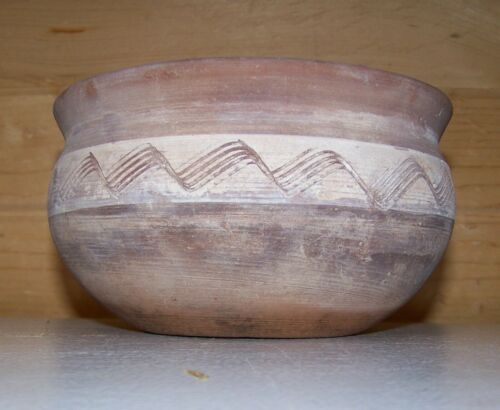 Antique Native American Indian Painted Incised Pottery Bowl