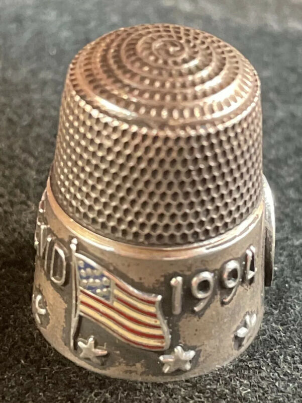"""Sterling Silver Thimble """"Baltimore"""" TCI 1994 Enamel Flag By Simons Brothers"""