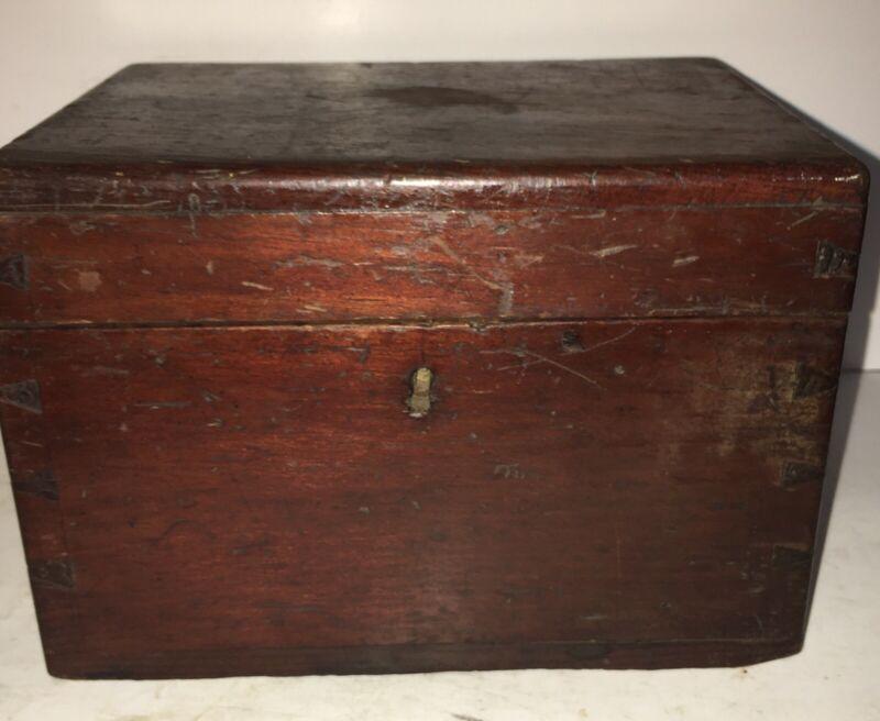 BEAUTIFUL 19TH C AMERICAN Grain Paint FOLK ART DOVETAIL DOCUMENT BOX HAND CARVED