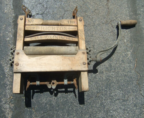Vintage Antique Hand Crank Clothes Wringer- BRIGHTON 110