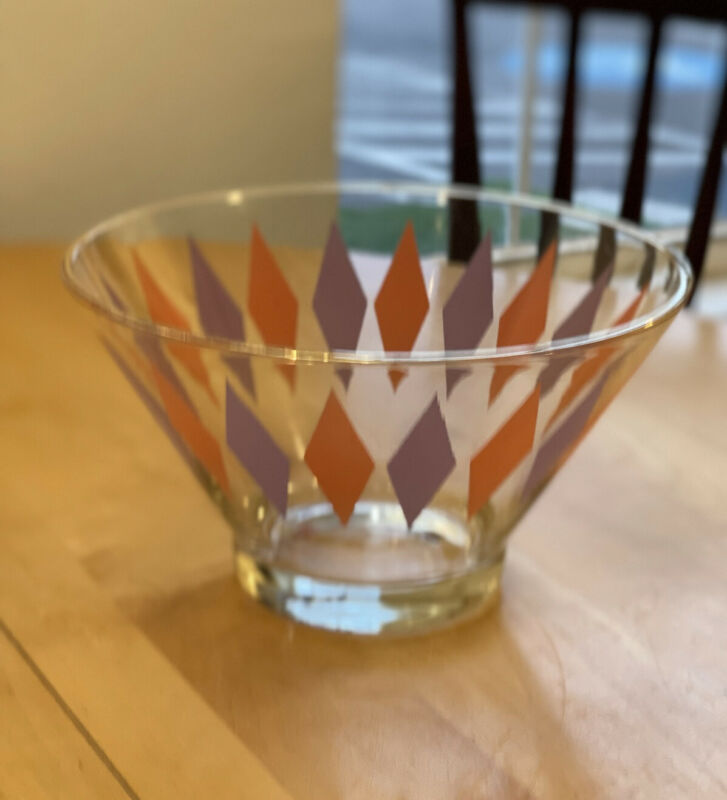 VTG ANCHOR HOCKING HARLEQUIN GLASS CHIP DIP BOWL No Dip Bowl SCARCE PURPLE PINK