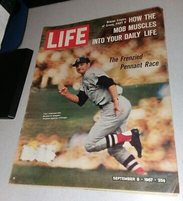 LIFE Magazine - September 8, 1967 - Carl Yastrzemski Boston Red Sox Mob Mafia