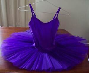 Girls Ballet Tutu  4- layer, size XXX - Large. Burleigh Heads Gold Coast South Preview