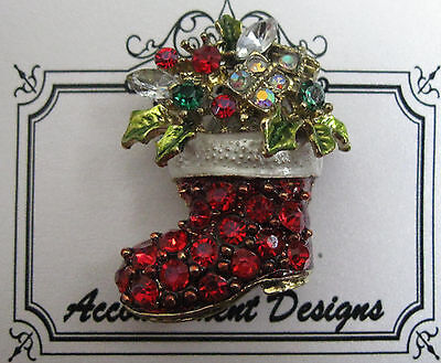 Accoutrement Designs Christmas Stocking Needle Minder Magnet Brooch
