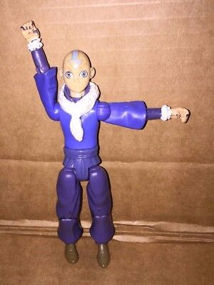 Aang avitar the last air bender Water Nation MATTEL 2006 ACTION FIGURE 5