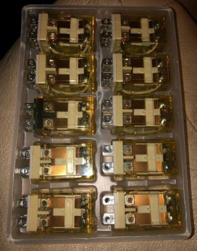 Idec RH2B-UL Relay 110-120 Volt (Lot of 10)