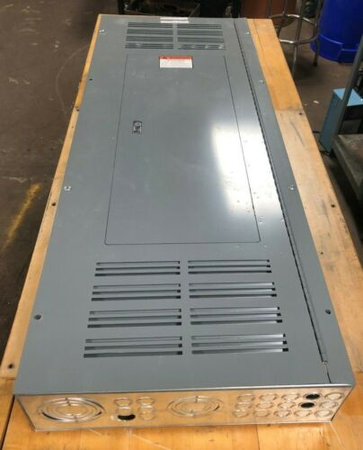 SQUARE D 250A MHC53VSHR 208Y/120V  DISTRIBUTION PANEL TIPO QOB20 BREAKERS 42 SLT
