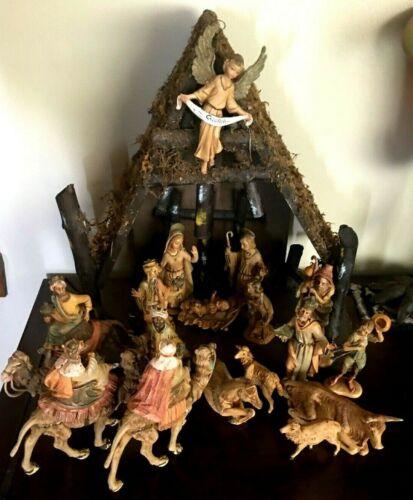 Fabulous Depose ,Italy, Nativity Scene 18 Figurines / Fontanini
