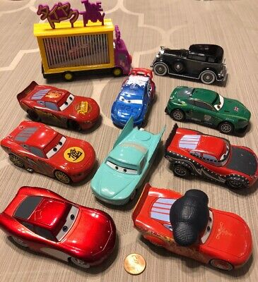 Disney Pixar Cars Lightning McQueen Diecast Toy Vehicles 1:43 Scale Lot of 10