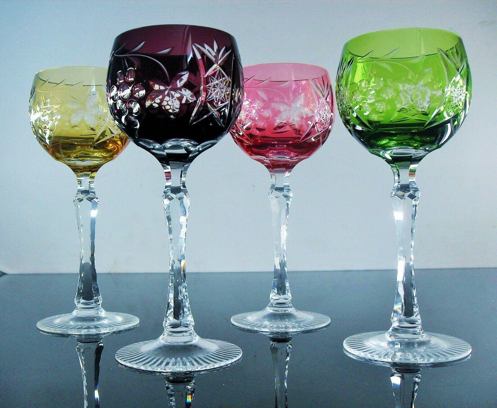 Antiche Grande 4 Bicchieri da Vino IN Cristallo Colore Intagliato Modello Uva
