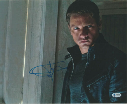 JEREMY RENNER SIGNED 11X14 PHOTO BOURNE LEGACY BECKETT BAS AUTOGRAPH AUTO E