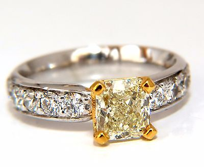 GIA Certified 2.20ct. Cushion cut diamond ring Platinum Yellow vvs-2 +